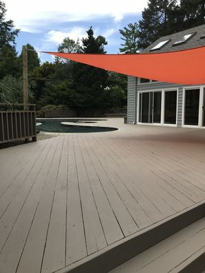 Before & After Deck Painting in Berwyn. PA (2)